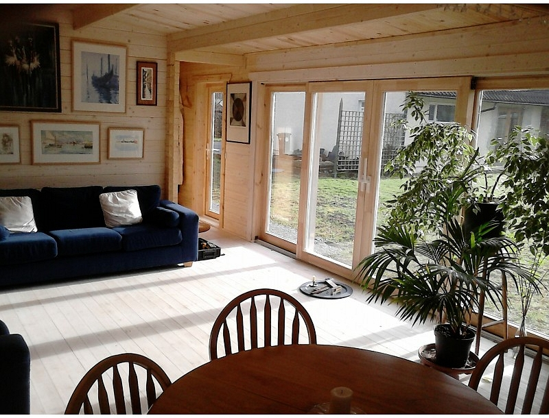 Fully insulated one bedroom log cabin jan 2015 for 3 bedroom log cabin prices