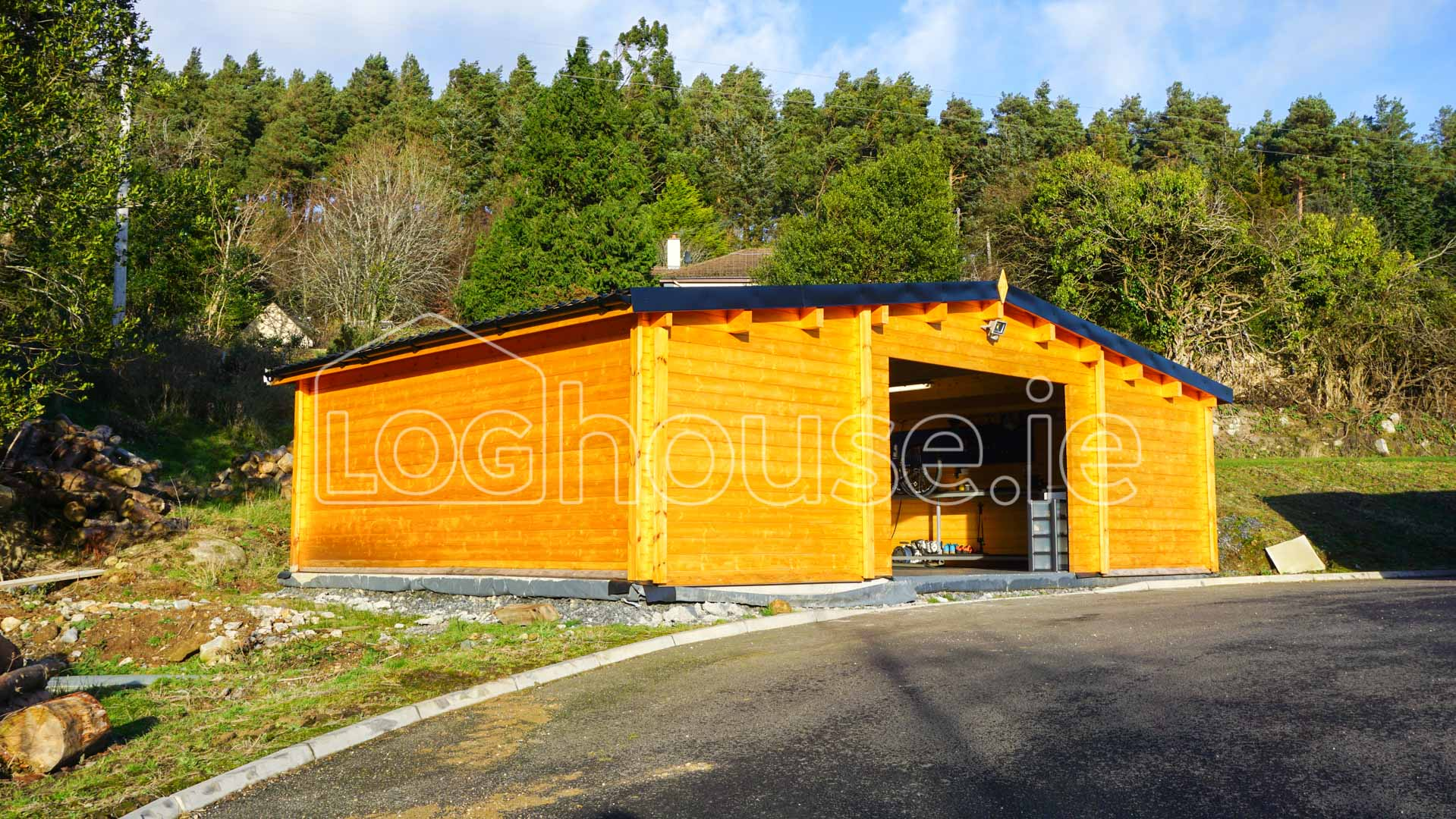 garage log cabin loghouse ie at loghouse ie we design and build a comprehensive range of premium quality log cabins and log houses intended speci cally for the irish market and to