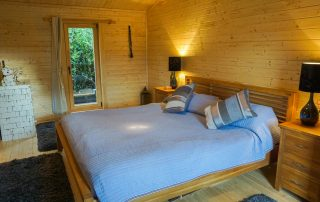 Loghouse.ie log cabin. Top quality log house products.