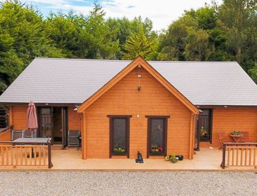 SUPER INSULATED THREE BEDROOM LOG HOUSE (Oct 2016)