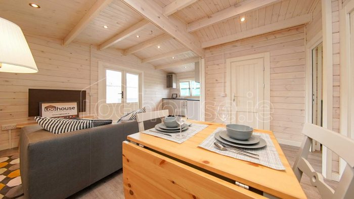 Budget-Two-bed-A-log-cabin-9-of-13