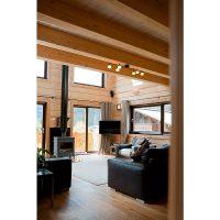 Log house laminated timber house 16