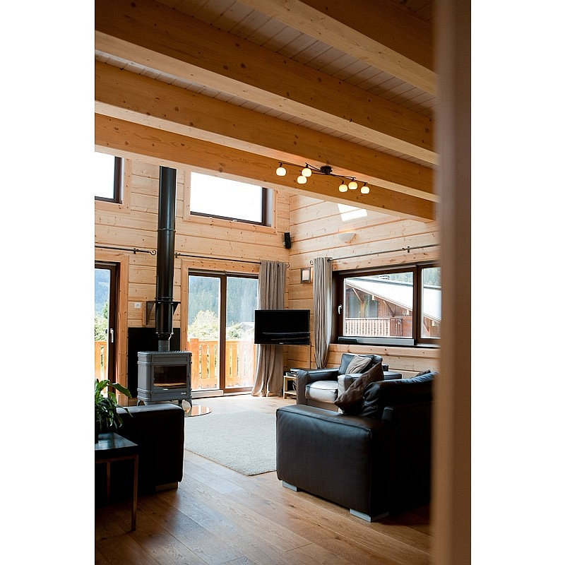 Log house laminated timber house 16