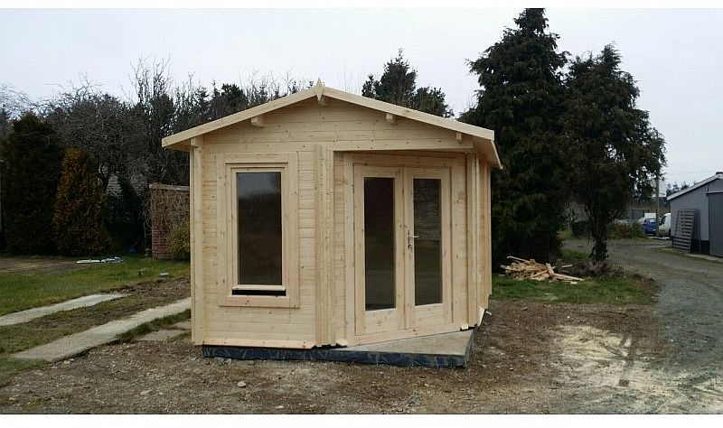 Residential and Garden Cabins Custom Side