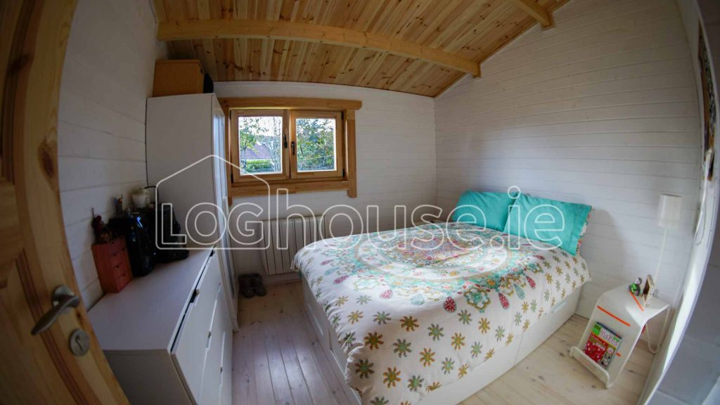 ideas bedrooms cabins best cabin on bedroom home houses catchy decor log with