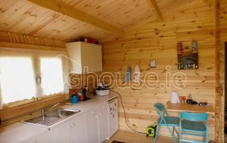 Three Bed Type A Log Cabin Kitchen