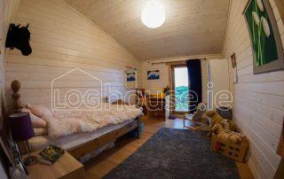 Four Bed Log Cabin Bedroom 4