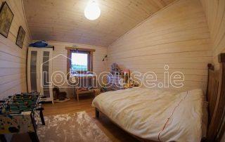 Four Bed Log Cabin Bedroom 3