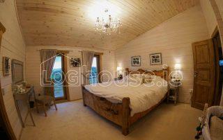 Four Bed Log Cabin Bedroom 2