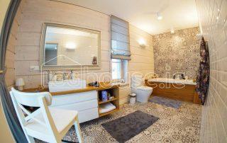 Glulam Log Cabin House Bathroom