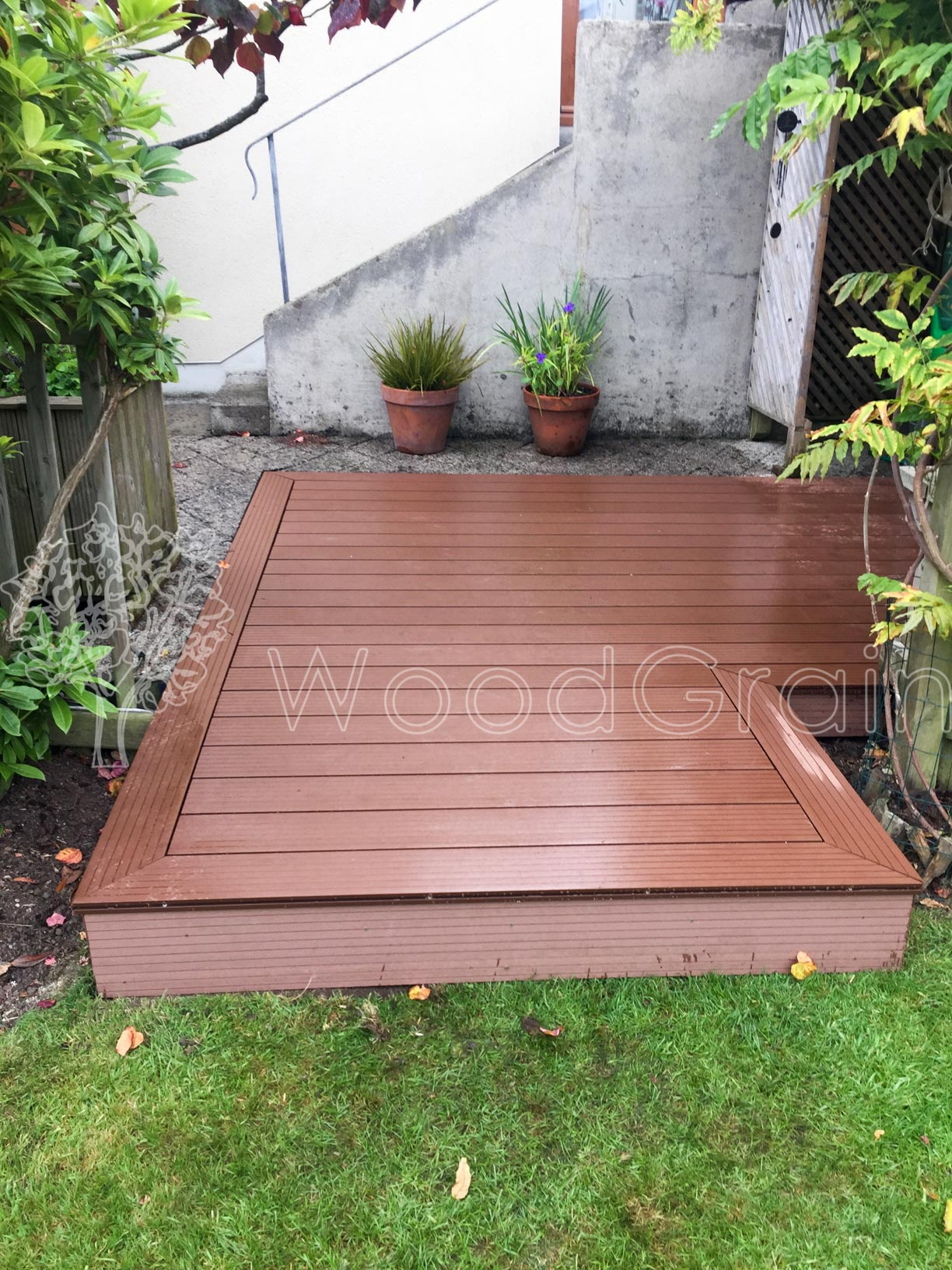 Composite Decking Log Cabins 8