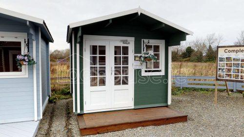 Laragh Log Cabin