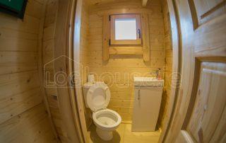 Loghouse-Wicklow-Cabin-Bathroom