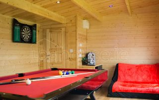 Loghouse-Wicklow-Cabin-Interior