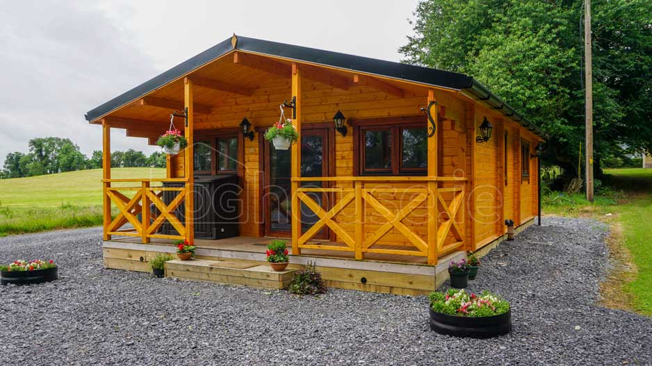 log cabin - 2-Bed-Type-C-1-of-11