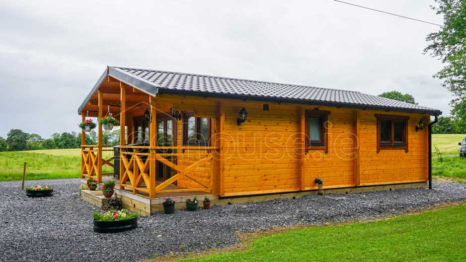 log cabin 2-Bed-Type-C-2-of-11