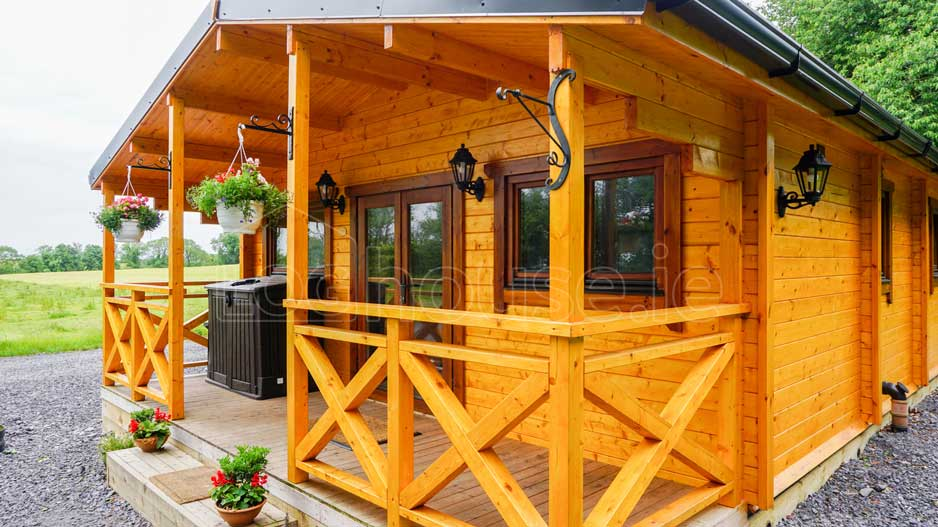 log cabin 2-Bed-Type-C-3-of-11