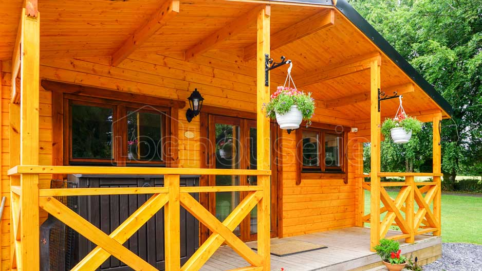 log cabin 2-Bed-Type-C-5-of-11