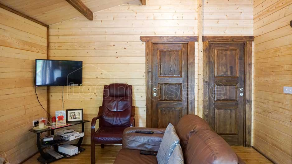 log cabin 2-Bed-Type-C-7-of-11