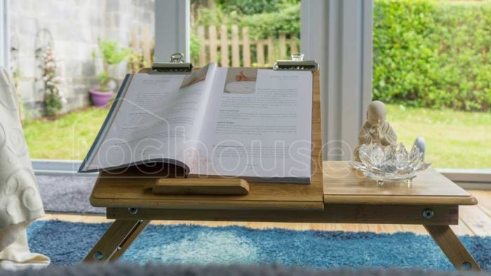 Wicklow-Log-Cabin Book