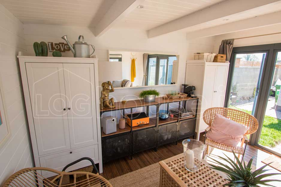 Ashford-Log-Cabin-15