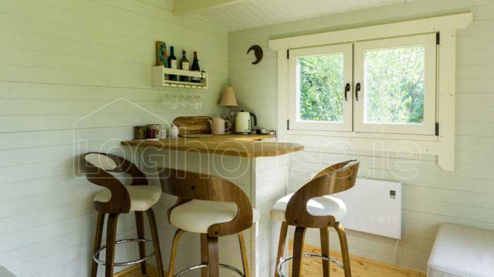 Cork-Summer Log-Cabin for Gardens