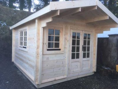 Laragh-Log-Cabin