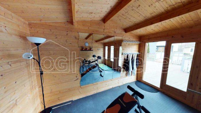 Newcastle-Log-Cabin-6