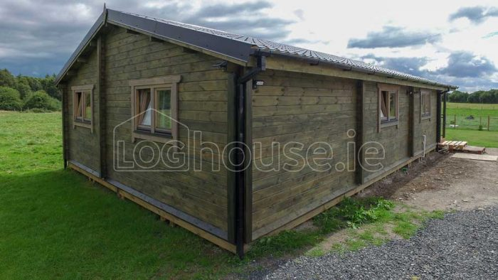 Three Bed Type A Log Cabin