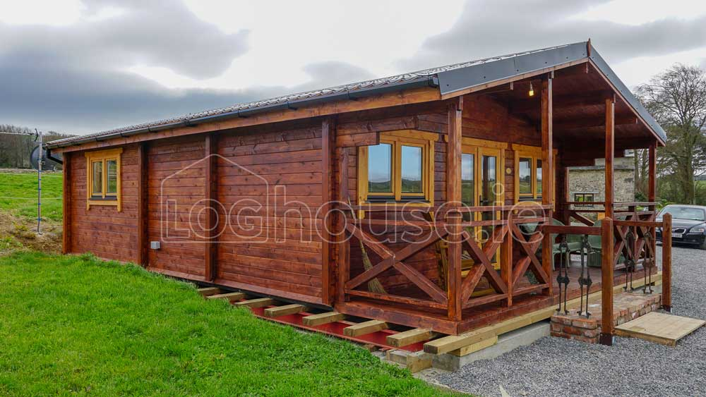 Two Bed Type C Log CabinTwo Bed Type C Log Cabin