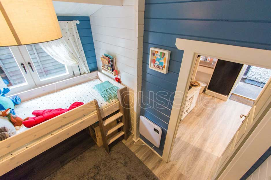 Two Bed Type D Log Cabin