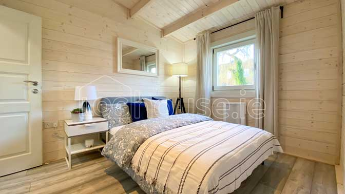One-Bed-Type-D-12 Log cabin