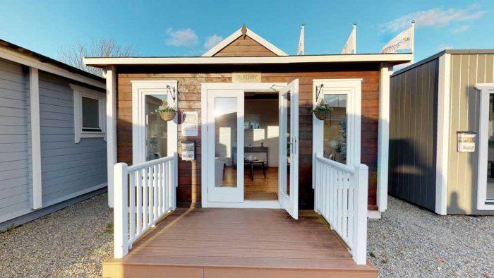 Loghouse-Log Cabins Best Price Guarantee