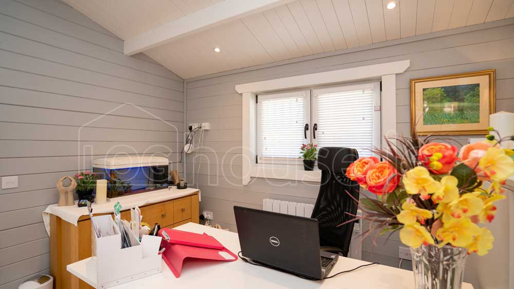 The-Advantages-of-Log-Cabins-as-Home-Offices