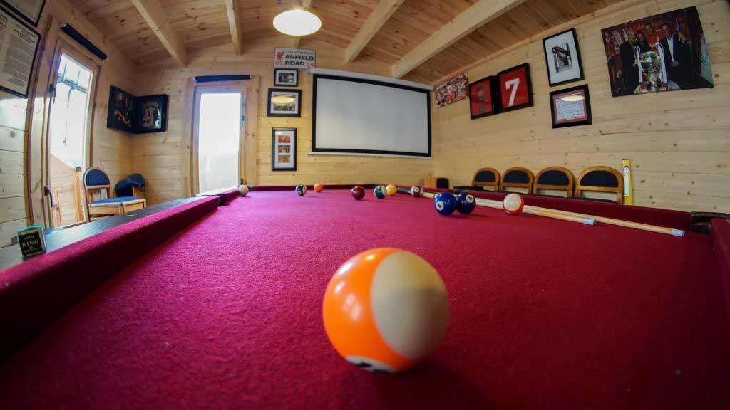 Best-Log-Cabin-Pubs-Ireland