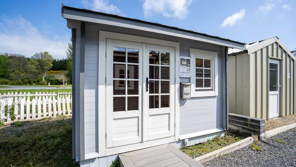 Can I build a granny flat in my back garden?